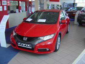 Civic COMFORT 1,4 i-VTEC 6MT