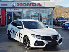 Civic 1.0 VTEC TURBO MT6 ELEGANCE + NAVI