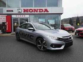 Civic Sedan 1.5 VTEC TURBO MT6 ELEGANCE + NAVI